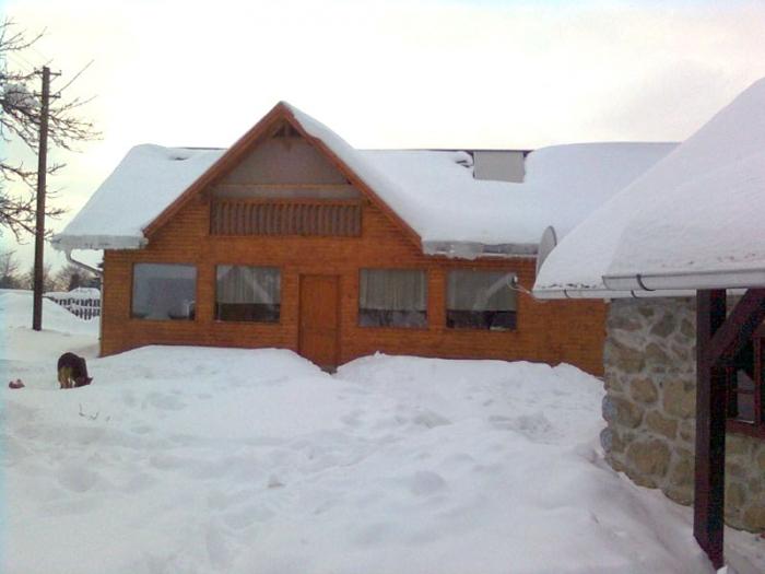 Gabriel Csűrpanzió épülete télen